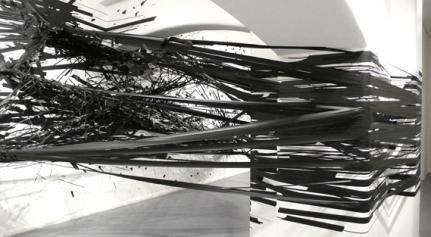 Instalação MoniKa Grzymala - Galeria Summaria Lunn, Londres