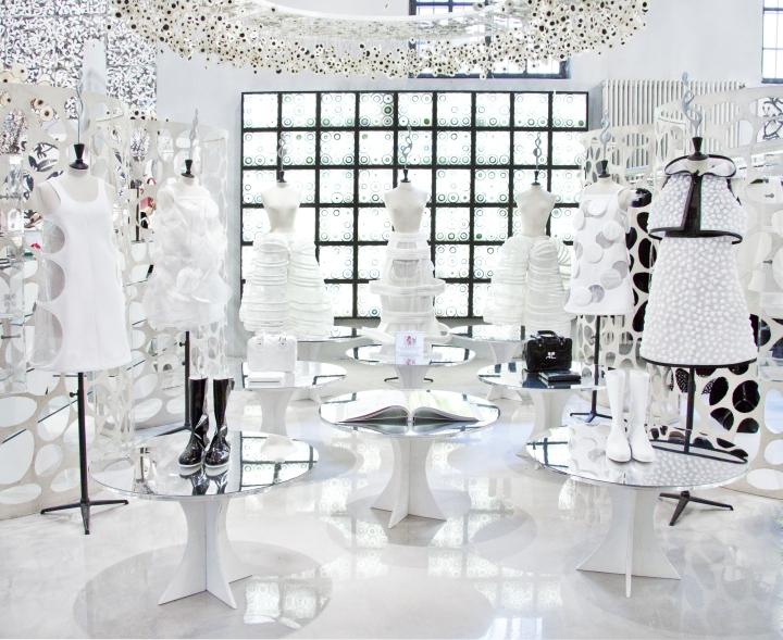 10-Corso-Como-fashion-store-Milan-Italy-05