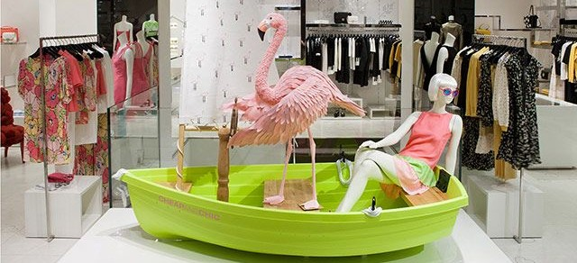 Moschino-flamingo-window-display