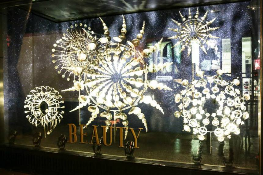 BAZ-DAZZElD-Barneys-xmas-window-2014-WVC (11)